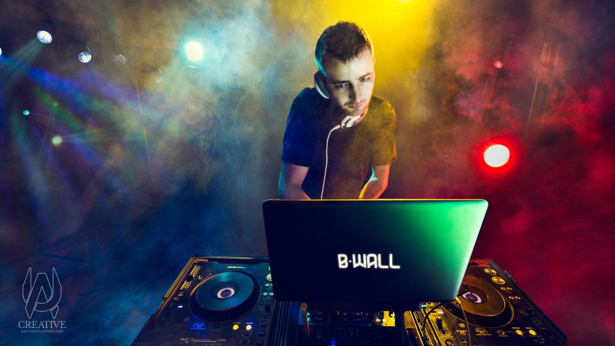DJ B-Wall, Creative, Columbus Production Studio, UA Creative Studios, Ua Chamberlain, Photography, Portraiture, Columbus, Ohio